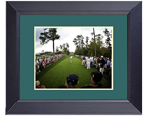 18th Hole Framed (Tiger Woods 2012 Master 18th Hole Swinging Away Golf Photo Framed Golf Wall D?cor Art 14 x)
