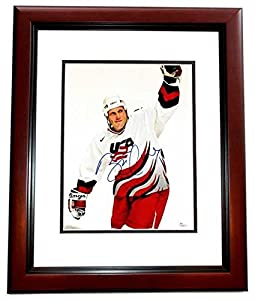 Signed Brett Hull Photograph - Team USA 11x14 MAHOGANY CUSTOM FRAME Flames Blues Stars Coyotes Certificate of Authenticity - JSA Certified