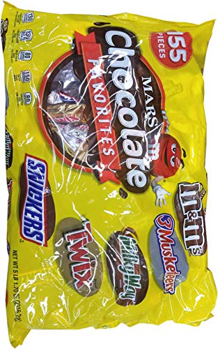 Mars 155 Count Chocolate Favorites, 81.7 Ounce]()
