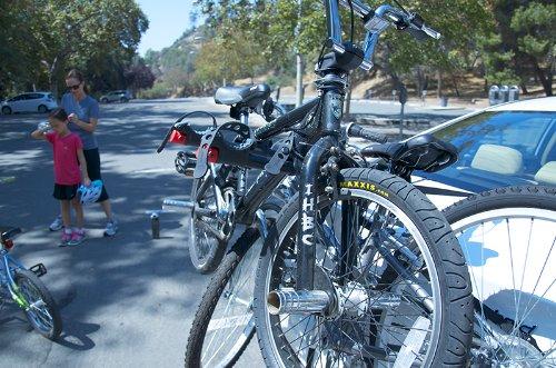 Allen Sports Premier 3-Bike Trunk Rack by Allen Sports (Image #8)
