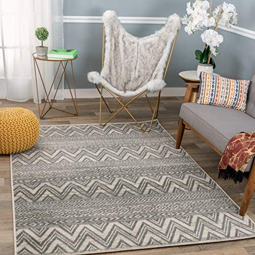 Rugshop Newbury Collection Bohemian Chevron Area Rug 5 x 7 Gray