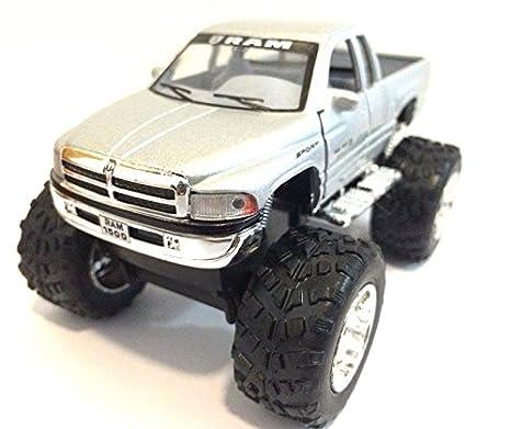 Amazon Com Dodge Ram 1500 V8 Pickup Monster Truck Off Road 1 44