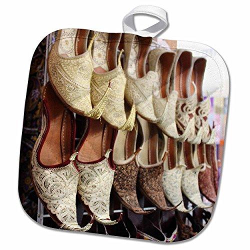 3dRose-Albom-Design-Travel-Aladdin-Babouche-Pointy-Shoes-from-Morocco-Photo-by-Rhonda-Albom-Potholder