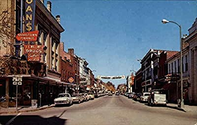 Downtown Bardstown, Kentucky Original Vintage Postcard