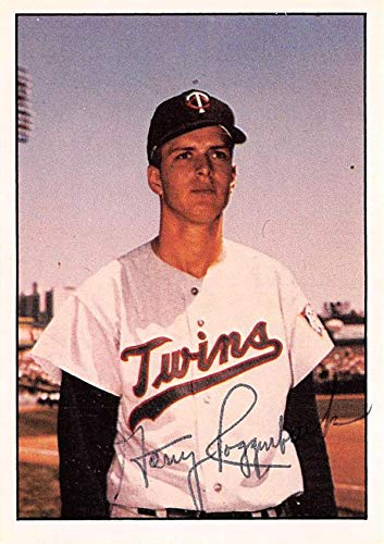 Garry Roggenburk Autographed Baseball Card Minnesota Twins 67