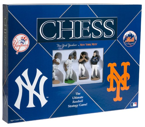 yankees-vs-mets-chess-by-usaopoly