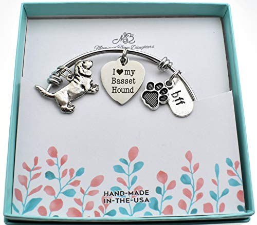 Jewelry Hound Basset - I Love My Basset Hound bangle bracelet in stainless steel with silver pewter Basset Hound, I love My Basset Hound word tag and silver paw print.