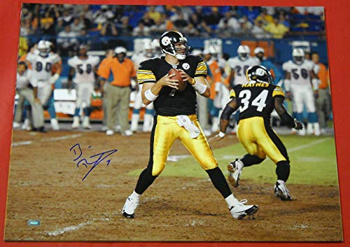 - BEN ROETHLISBERGER AUTOGRAPHED PITTSBURGH STEELERS 16X20 PHOTO MM B