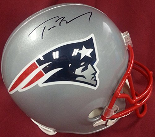 New England Patriots Full Size Riddell Replica Helmet, Signed by Tom Brady, Mounted Memories Certified ()