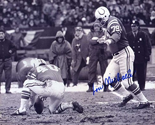 Lou Michaels (D.2016) Autographed/Original Signed 8x10 B&W Photo Showing Him In-action w/the Baltimore Colts in the 1960s (College Football Hall of ()