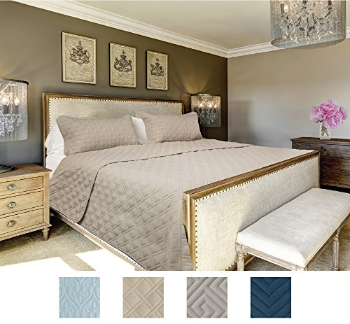 The CONNECTICUT HOME COMPANY Luxury Bedspread Quilt Collection, 3-Piece includes Shams, Oversized, Quilted Pattern, Top Choice by Decorators, Machine Washable (Beige-Basket Weave: Queen/Full)