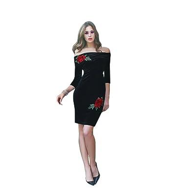 fe766cfc6838 Sarah Bridal Black Velvet Off-Shoulder Neck Knee-Length Zipper Back  Cocktail Dresses (UK 18, Black): Amazon.co.uk: Clothing