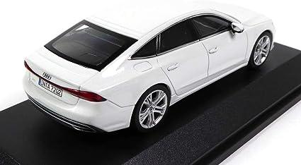 7031 iScale Ref OPO 10 Voiture Miniature 1//43 Compatible avec Audi A7 Sportback