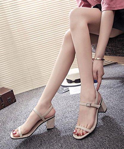 alto una los con palabra en cuadrada de con la tacón multa las meters con Sra white zapatos sandalias de descubiertos cabeza dedos La de gruesas sandalias Roma vRUAt