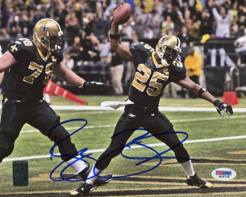(Reggie Bush Signed Autographed New Orleans Saints 8x10 Photo PSA/DNA)
