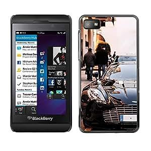 Caucho caso de Shell duro de la cubierta de accesorios de protección BY RAYDREAMMM - Blackberry Z10 - Car Posh Black Sexy Race Chic Design Sports