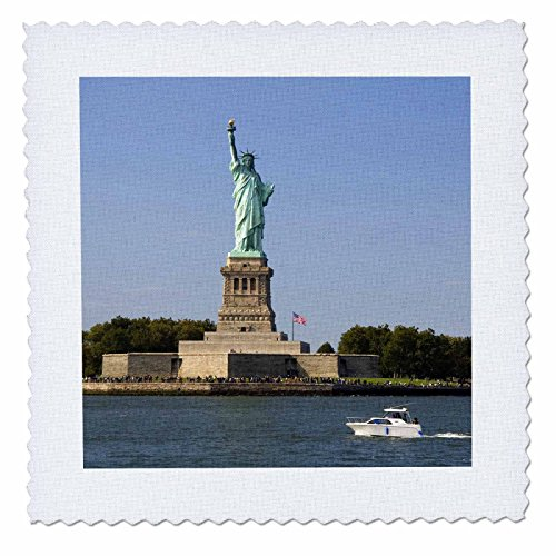 3dRose qs_93087_2 Statue of Liberty, New York City-Us33 Dfr0074-David R. Frazier-Quilt Square, 6 by 6-Inch