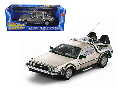 Sun Star Delorean Time Machine From Movie ''Back To The Future I'' 1/18 Model Car by Sunstar