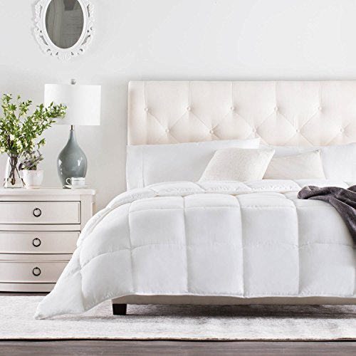 WEEKENDER Quilted Down Alternative Hotel-Style Comforter - Use as Duvet Insert or Stand-Alone Comforter - Hypoallergenic - Great for All Seasons - Corner Duvet Tabs - King - Classic White (Quilted Comforter)
