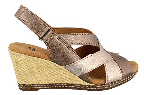 CLARKS Women's Helio Coral Wedge Sandal, Metallic/Multi, 8.5 M US