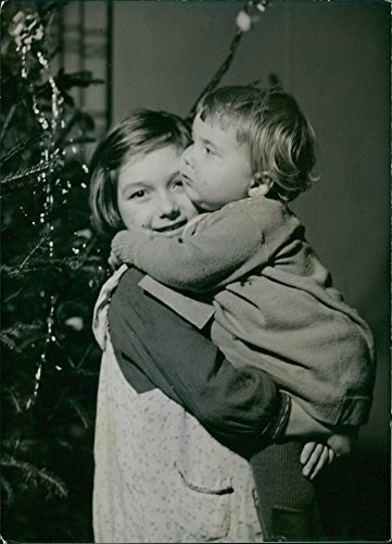 Vintage photo of Finnish children evacuated in Sweden during the war. 1942Roje-Kuru with his sister Ritva.