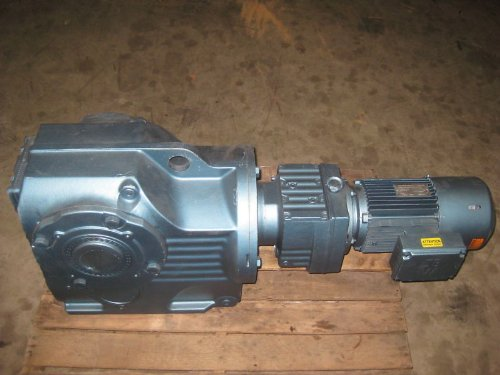 Sew Eurodrive KA107R7 3HP Ratio:522 00 Gear Reducer NEW - Import It All