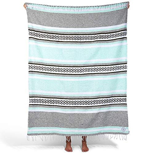 Mexican Serape Blanket| Classic Artisan Throw | Woven Falsa in Traditional Colors | Beach, Camping, Couch, Sofa, Picnic or Yoga Blanket | Mint and Gray (Laguna Furniture Outdoor)