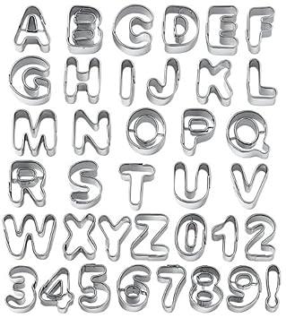 Wilton - Moldes para galletas, diseño de letras y números: Amazon.es: Hogar