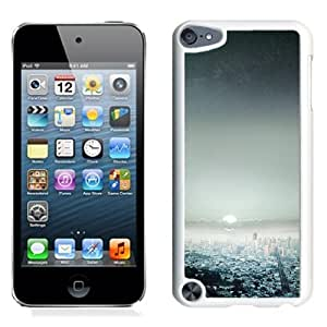 NEW Unique Custom Designed iPod Touch 5 Phone Case With Starry Night Sky Big City_White Phone Case