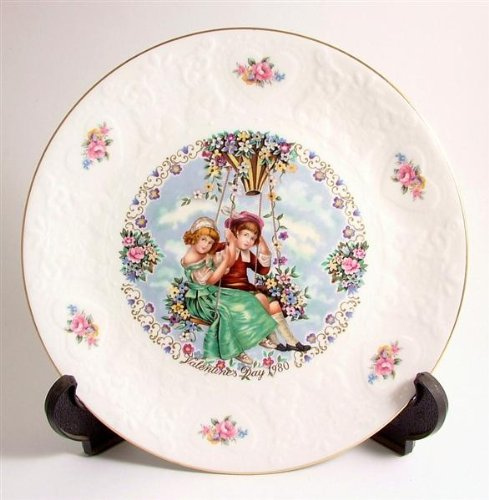 Royal Doulton Valentines Day Plate - Royal Doulton Valentines Day 1980 my valentine plate CP233