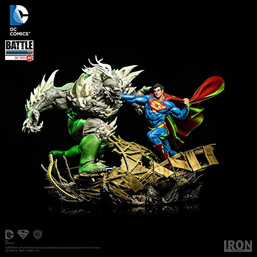 Superman Vs Doomsday Enormous Death of Superman Hand Painted Statue Diorama 1/6th Scale 17