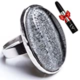 EXCLUSIVE DESIGN - Beautiful adjustable silver ring decorated with an elegant oval onyx stone.;GUARANTEED QUALITY - The prestige of the Antonio Miró brand ensures the highest quality materials and greater attention to detail during productio...