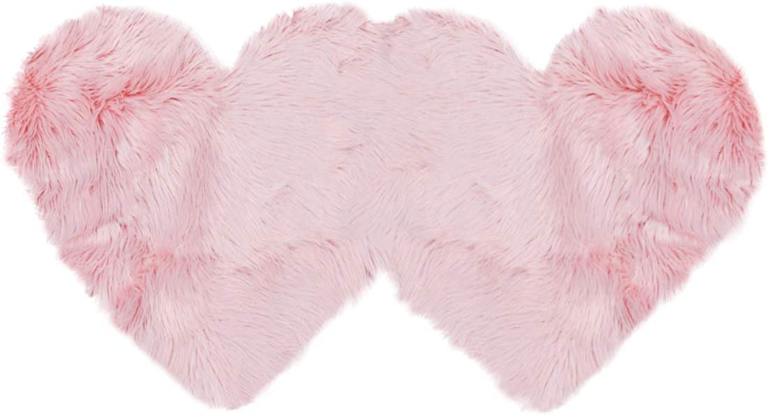 PiccoCasa Double Heart Shaped Soft Faux Sheepskin Fur Plush Area Rugs for Home Living Room Balcony Sofa Floor Mat Bedroom 4ftx2ft Light Pink
