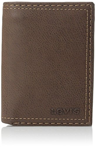 Levi's Men's Trifold Wallet - Sleek and Slim Includes ID Window and Credit Card Holder,Brown ()