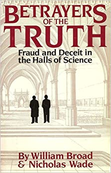 Betrayers of the Truth (Oxford Paperback Reference)