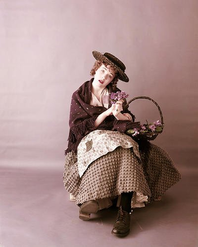 Julie Andrews 8x10 Promotional Photograph early pose for stage Pygmalion