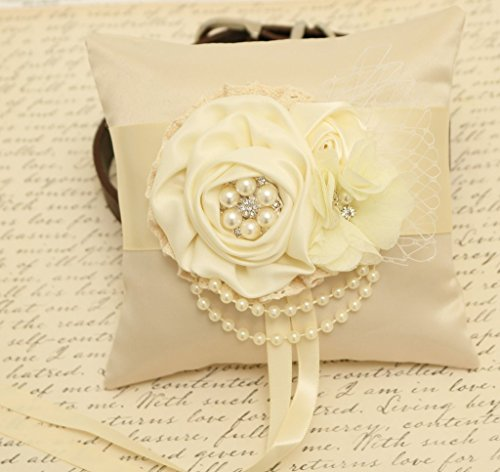 Wedding Dog Ring Pillow - Floral Ivory Ring Pillow Dog collar, Ring Bearer, Pets wedding, pearls