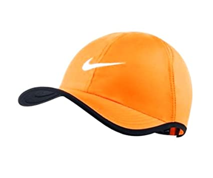 Image Unavailable. Image not available for. Color  Nike Men s Featherlight  Tennis Cap ... fe658ebb80f