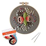 Unime Full Range of Embroidery Starter Kit with Pattern, Cross Stitch Kit Including Embroidery Cloth with Color Pattern, Embroidery Hoop, Color Threads, and Tools Kit (Floral Garland)