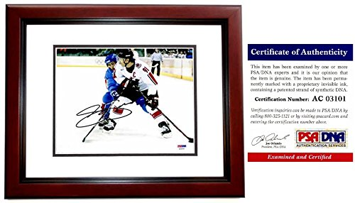 Joe Sakic Signed - Autographed TEAM CANADA 8x10 inch Photo MAHOGANY CUSTOM FRAME - PSA/DNA Certificate of Authenticity (COA) - Colorado Avalanche