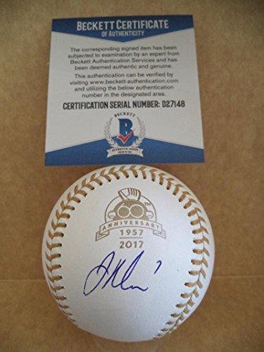 Joe Mauer Signed Baseball - 50th Anniversary Gold Glove Beckett D27148 - Beckett Authentication - Autographed Baseballs