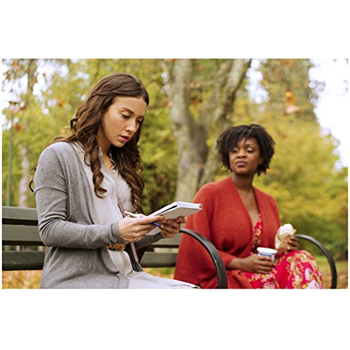 The Magicians Stella Maeve with Yaani King Mondschein 8 x 10 Inch Photo