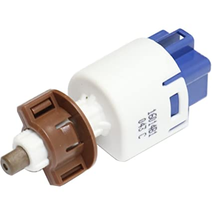 Amazon.com: Evan-Fischer EVA4651261614 Brake Light Switch Blade 4 ...