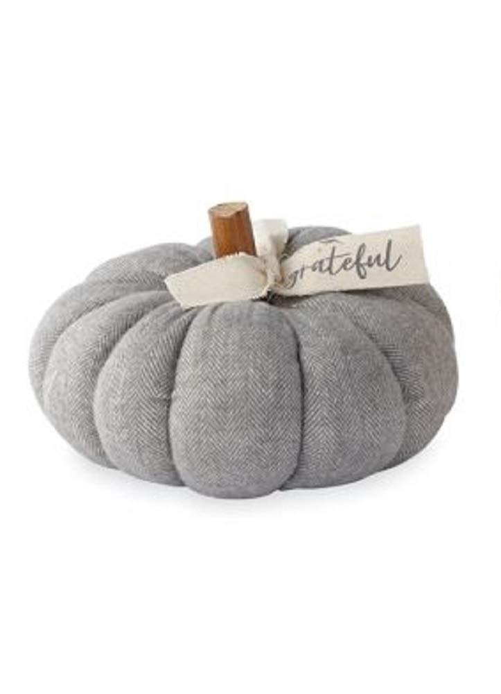Grey felted wool pumpkin - Come discover rustic fall decorating ideas in this photo gallery with ideas and resources!
