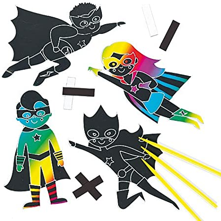 Paquete de 12 Manualidades Infantiles Decorativos Baker Ross Kits de Imanes de Superh/éroes de Cartulina Rascable para el frigor/ífico