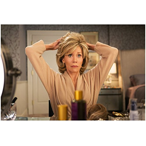 grace-and-frankie-jane-fonda-as-grace-talking-off-make-up-8-x-10-inch-photo