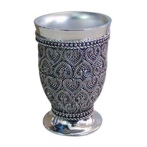nu steel BHT5H Beaded Heart Decorative Makeup Brush Cup Holder Tumblers for Bathroom Countertops, Desk, Dorm, and Vanity Shiny Finish, Small Chrome