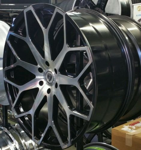 28 Quot Inch Borghini B28 Wheels Rims Only Fits Chevy Gmc