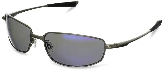 32a78f03e6 Amazon.com  Revo Men s Discern RE8000-03 Polarized Square Sunglasses ...