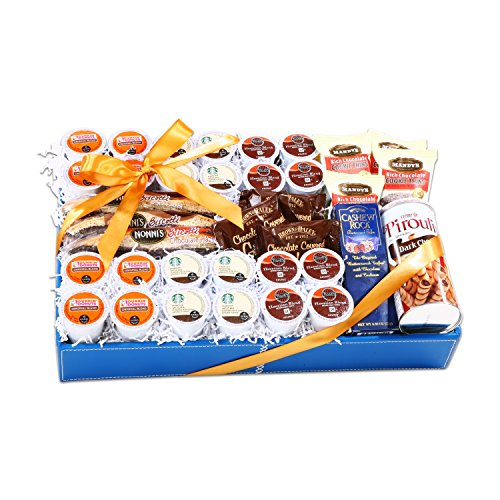(Coffee Lovers K-Cup Christmas Gift Basket)